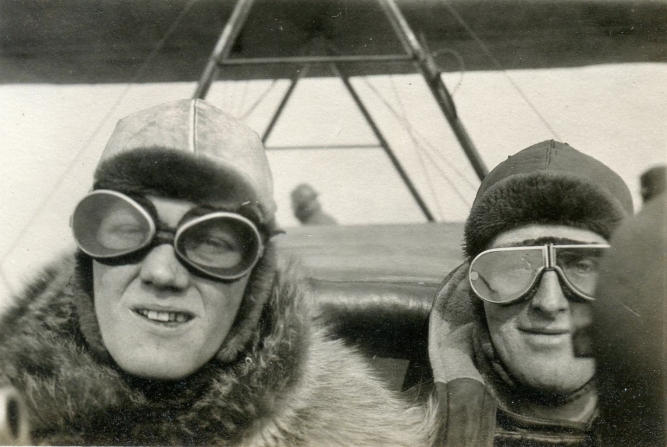 A real-life Biggles and Algernon at the controls of a Handley Page O/100 bomber