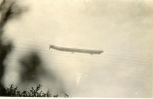 Zeppelin003