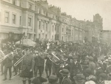 9th Battalion Band parading through Hastings in 1917