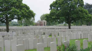 A sea of graves at Lijssenthoek Military Cemetery