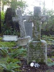 The graves of young Arthur Hovelaque and Sapper Francis Robert Burdett Garrard